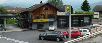 Auto Lang in Schwarzberg